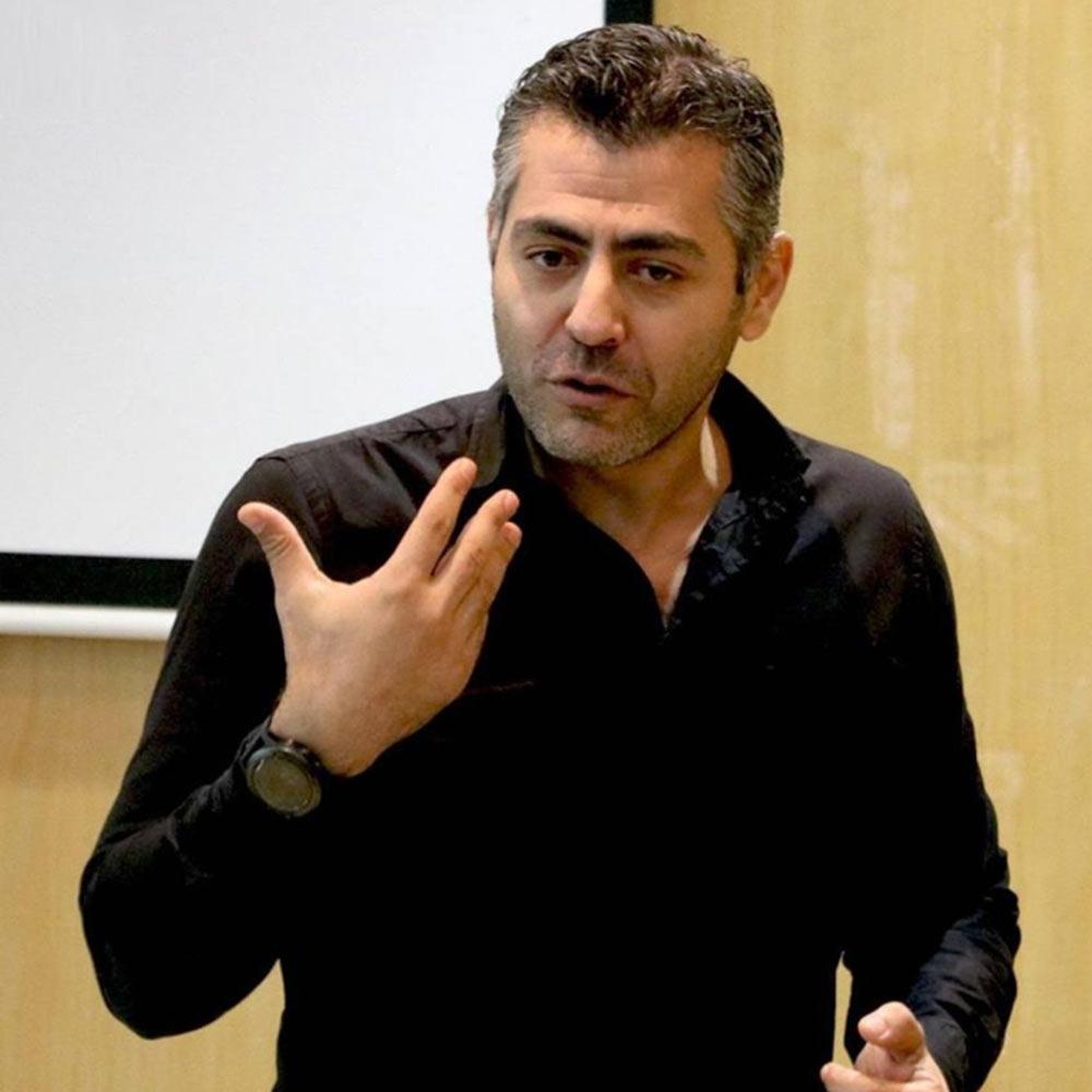 Conférence de M. Karim Bahi